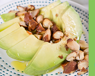 Avocado and toasted almond salad
